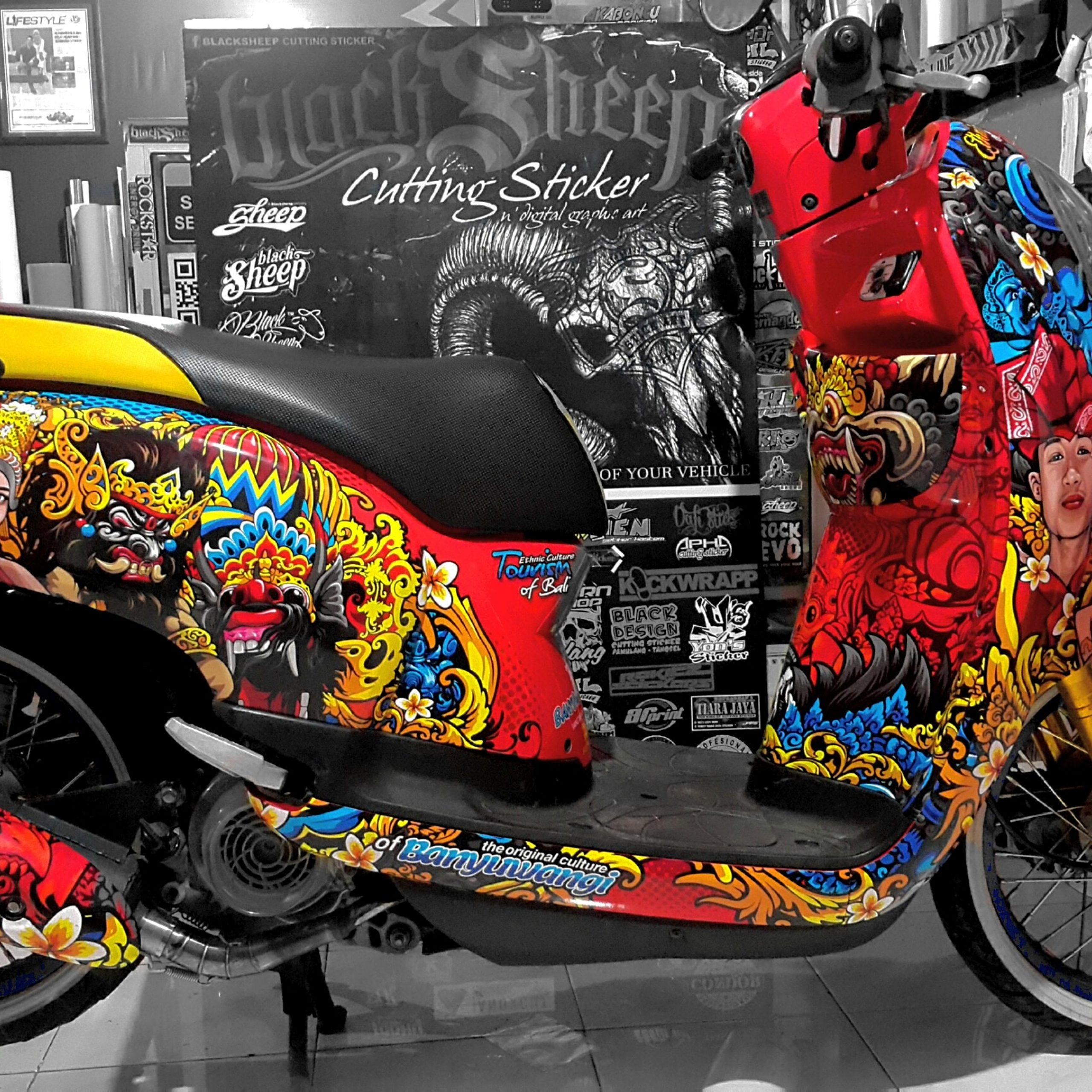 decal sticker scoopy banyuwangi culture